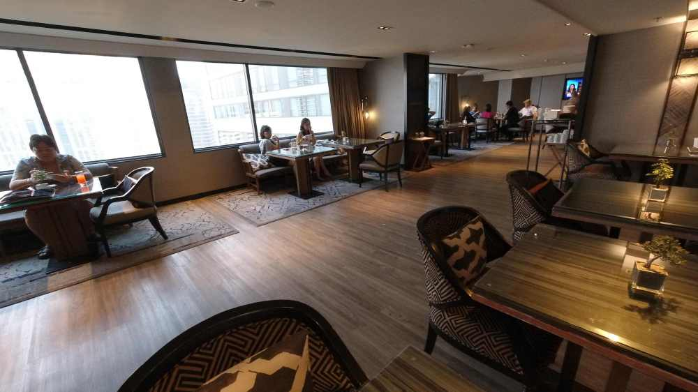 M Club Lounge Marriott Marquis Queen's Park