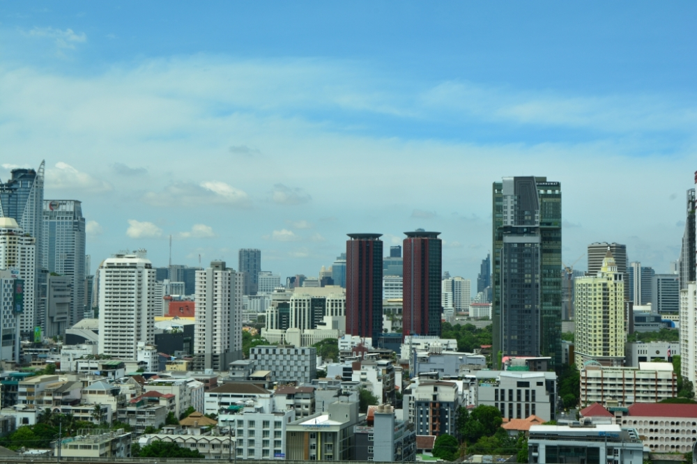 view from executive lounge pullman king power bangkok (22)