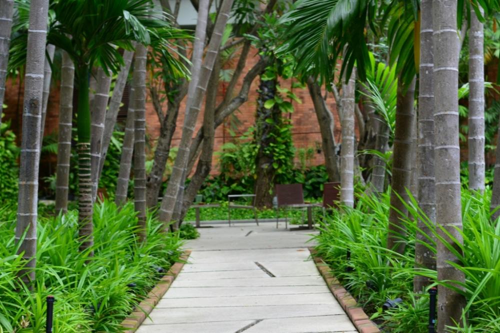 garden pullman bangkok king power