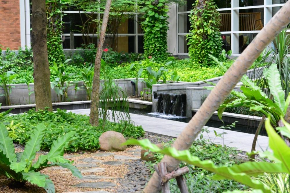 fountain garden pullman bangkok king power