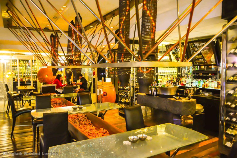 grand club lounge grand hyatt erawan bangkok