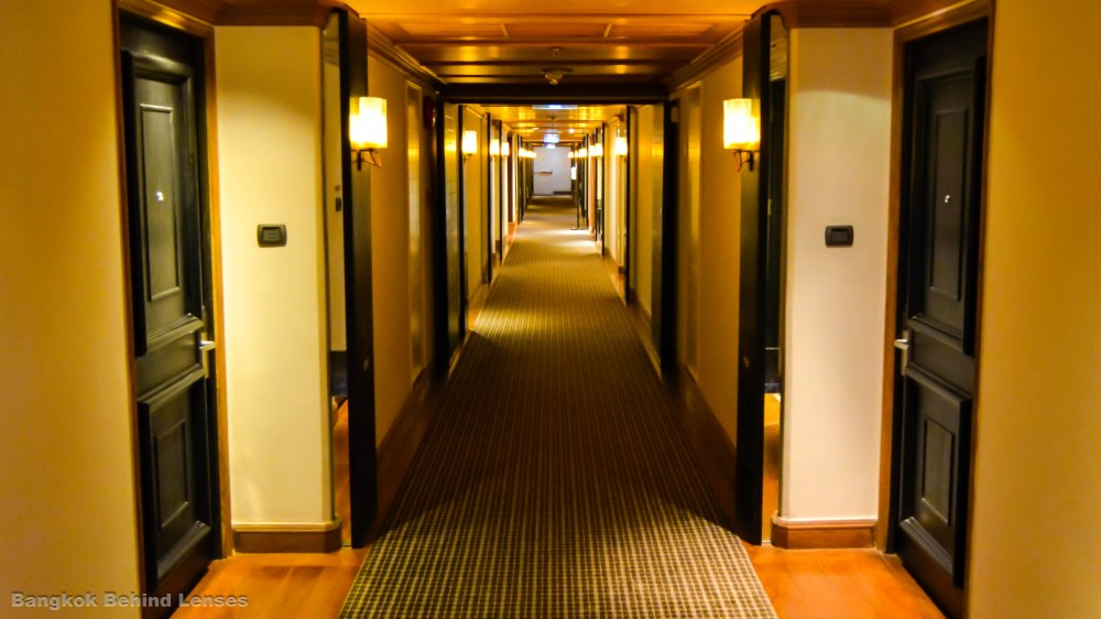hallway hyatt erawan bangkok