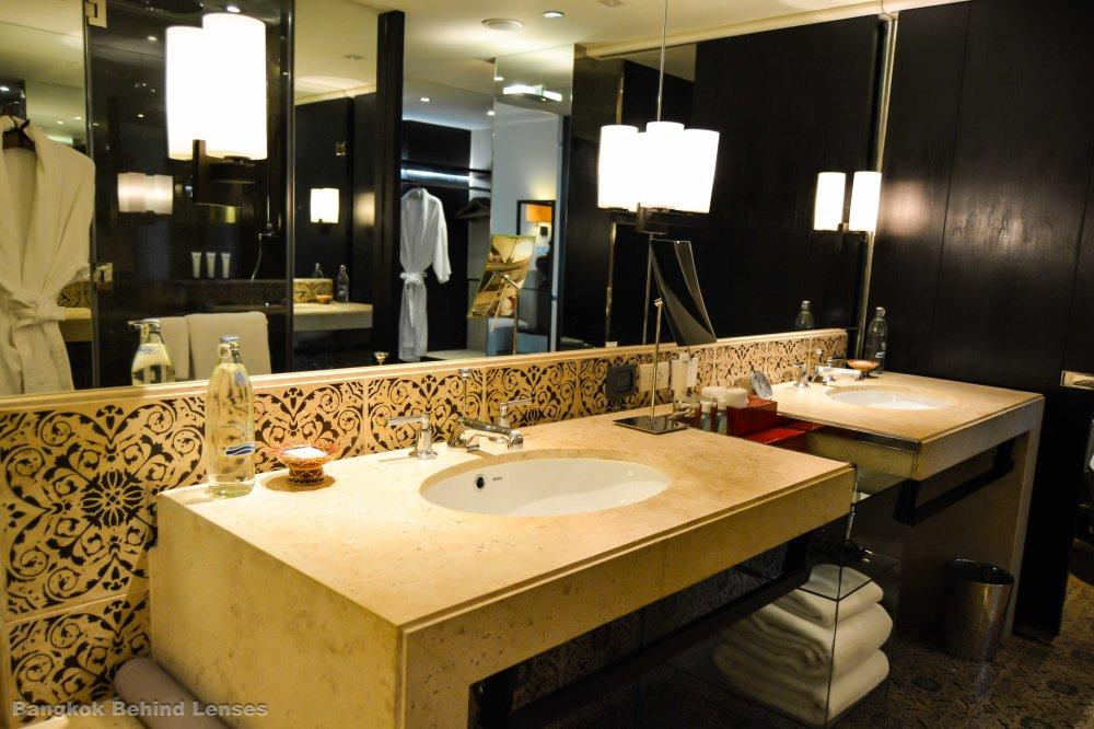 his and hers sinks Grand King Suite grand hyatt erawan bangkok