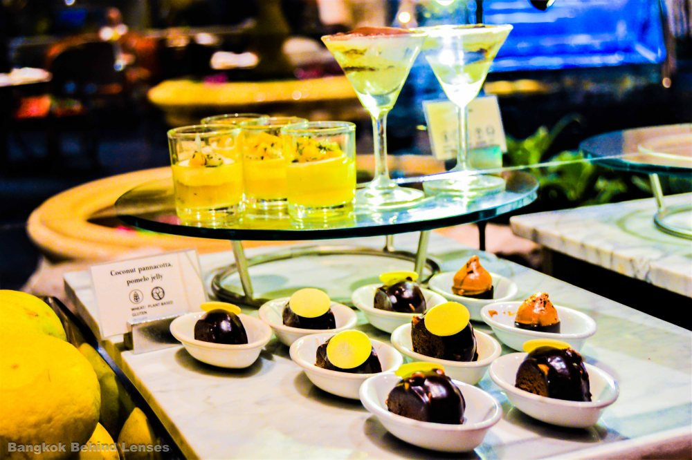 desserts The Dining Room International Buffet grand hyatt erawan bangkok