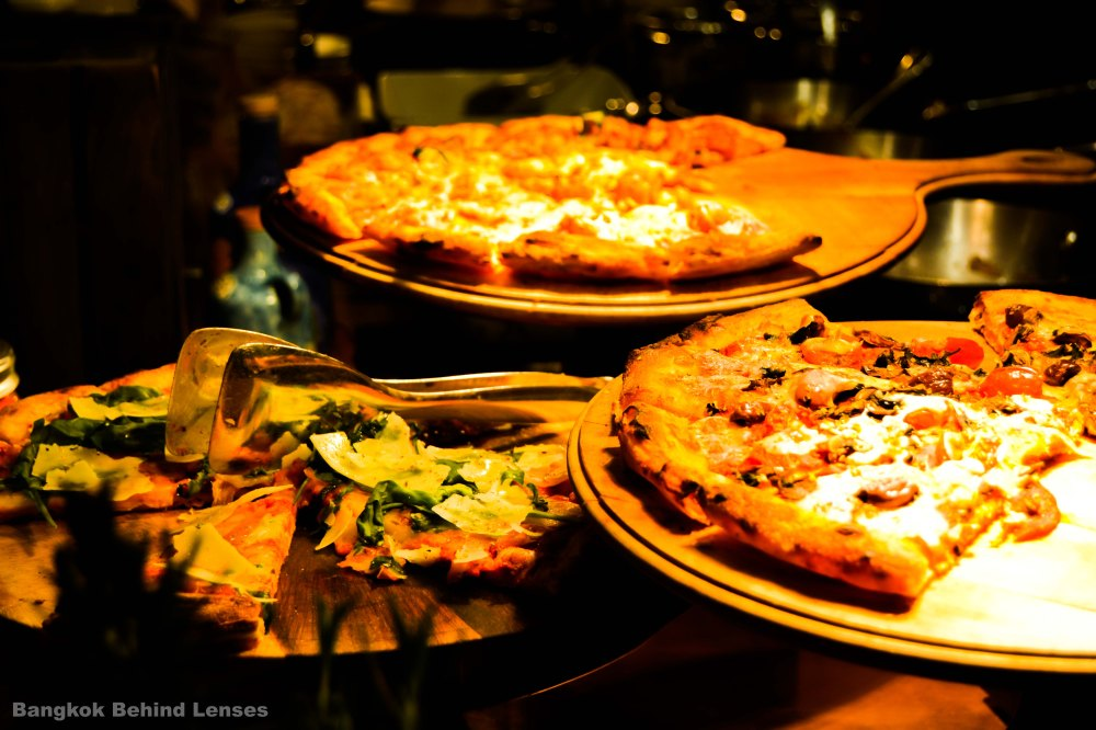 pizza The Dining Room International Buffet grand hyatt erawan bangkok