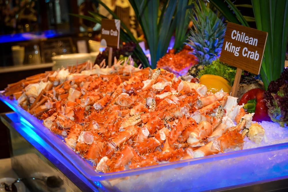 chilean king crab snow crab seafood buffet bangkok Berkeley Hotel Pratunam