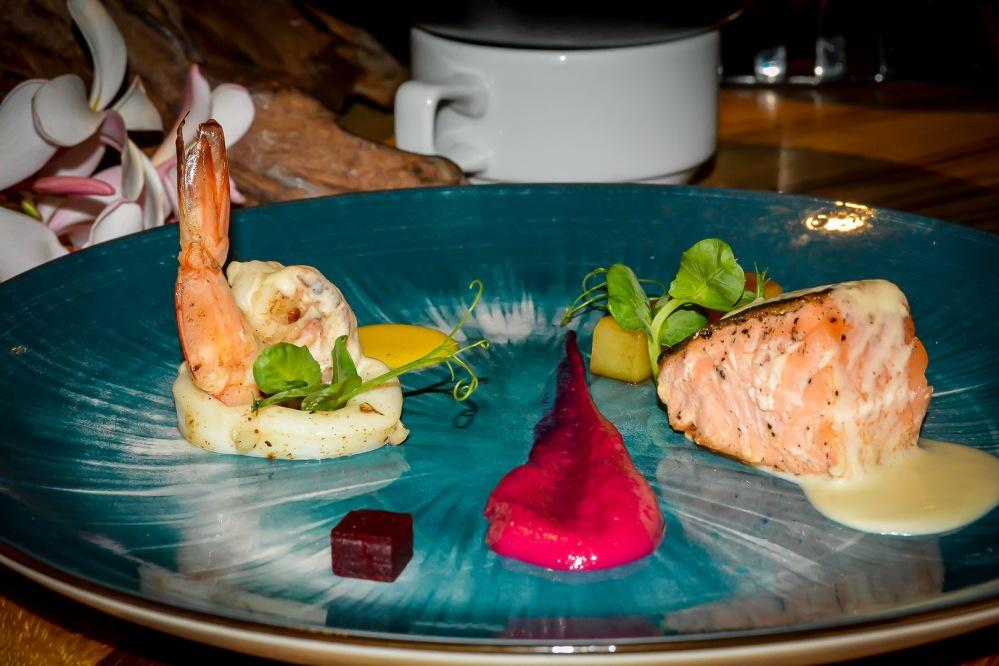 seafood buffet bangkok Berkeley Hotel Pratunam