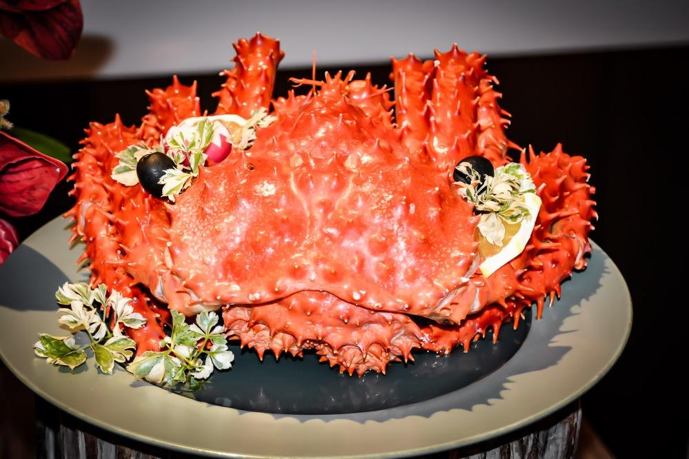 crab seafood buffet bangkok Berkeley Hotel Pratunam